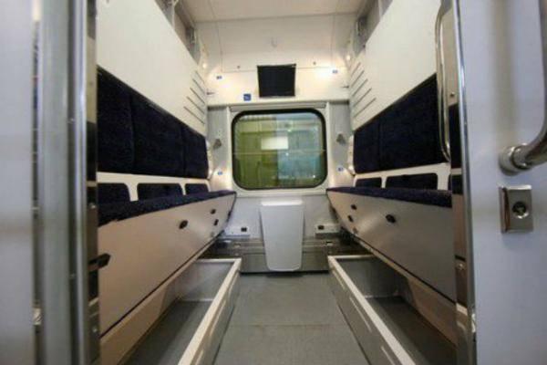 Укрзализныця получила первые вагоны-трансформеры