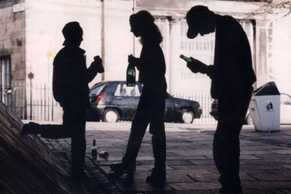 Штрафи завживання алкоголю вгромадських місцях планують збільшити