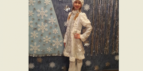 Призы Кременчугской газеты пытается присвоить настоящая Снегурочка
