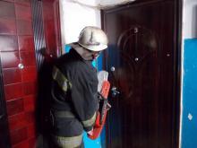 За закрытыми дверями квартиры обнаружен труп мужчины