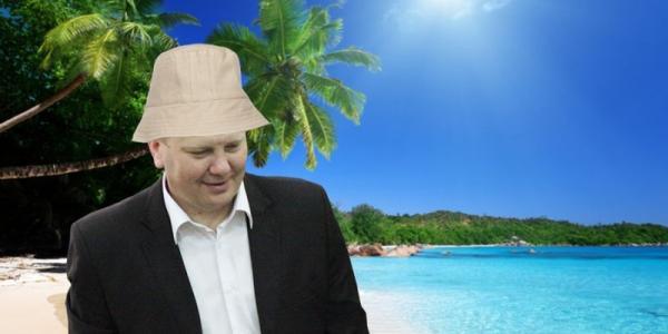 Руководитель аппарата городского главы Головач - снова в отпуске