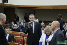 Малецкий не хочет извиняться перед оппонентами «за грязь»
