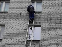 Кременчугские спасатели помогли пенсионерке выйти из квартиры