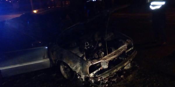 Ночью в Кременчуге сгорел Opel