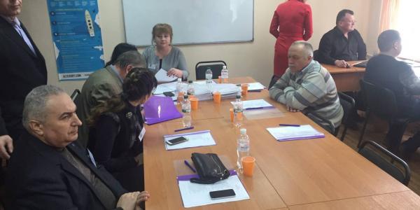 На 24 должности главных госинспекторов претендовало более 100 человек, а к тестам допущено 57 кандидатов