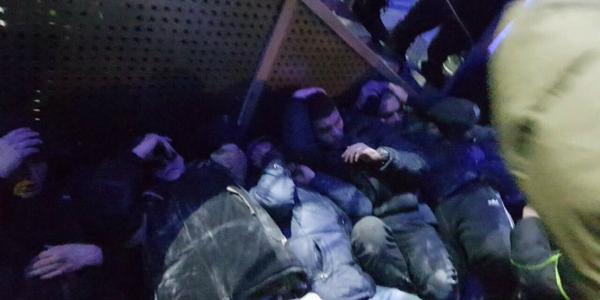 Титушки из Кременчуга ездят на «заработки» в Киев