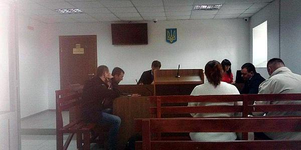 Розгляд у суді справи кременчуцького екс-майора міліції Кіпченка триває, хоча прокурор не склав нового обвинувального акту