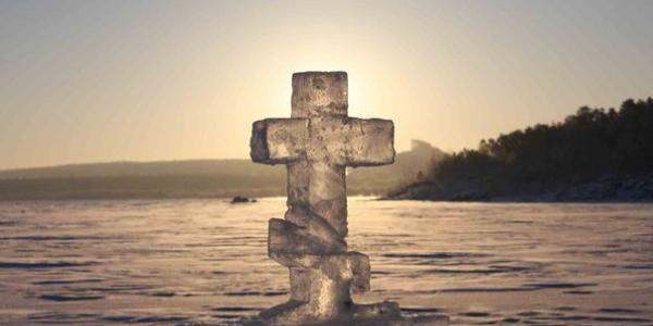 В Кременчуге на Крещение веряне пройдут Крестным ходом и смогут окунуться в проруби в четырех местах