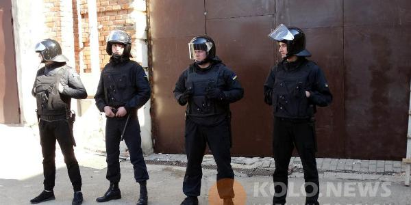 Охранная фирма «Скорпион», засветившаяся на кровавых разборках в Полтаве, обслуживала и нардепа-тушку Шаповалова