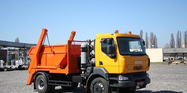 Новенький портальный мусоровоз будет работать дома - на «КрАЗе»