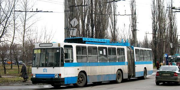Троллейбусы ходят до Молодежного – украден участок контактной сети