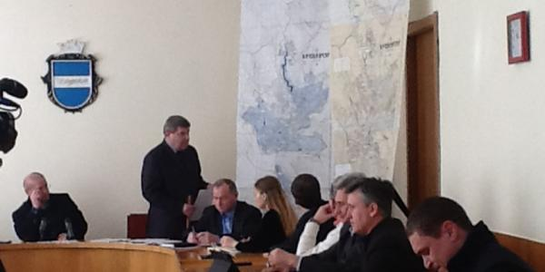 Кременчугских коммунальщиков «гоняли» по подготовке к весне
