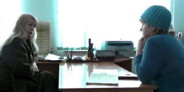 Скандал: депутат Сидерка требует извинений директора лицея № 11 Быковой