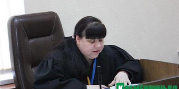 Справа лікаря і екс-депутата Бурова: суддя Олейникова знову не побачила п'яного за кермом
