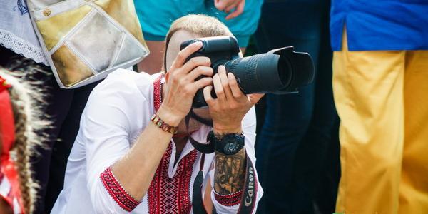 Позже фото можно будет найти в Facebook на страничке пресс-службы исполнительного комитета Кременчугского горсовета.