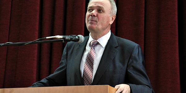 Е-декларация ректора Полтавского универа: тысячи кв м земли и более 22 тыс гривень в месяц зарплаты