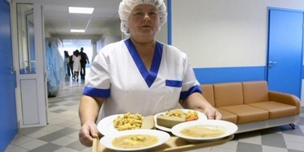 Лікарня «Придніпровська» вже провела тендер на харчування, інші – чекають вказівки зверху