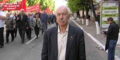 Коммунист Шапран предлагает отменить повышение тарифов