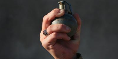 В Комсомольске участник АТО зашел к мэру с гранатой в руках (обновлено)