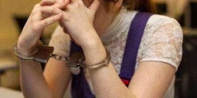 Задержана воровка, укравшая «мобилку» у школьницы