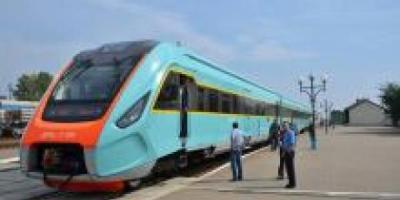 Дизель-поезд КВСЗ, закупленный ЛЖД, будет запущен на маршруте Черновцы-Львов