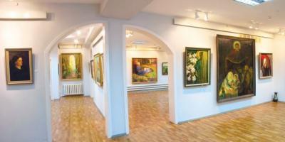 У міській художній галереїпроведе майстер-клас ТетянаБулат та відбудеться відкриття виставки творів мистецтва від 30 кремнчуцьких художників.