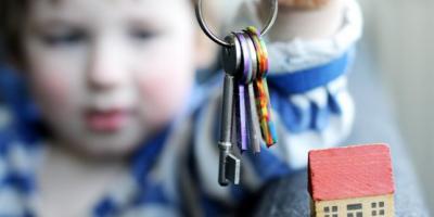 В Кременчуге в квартире закрылся в квартире 3-хлетний ребенок
