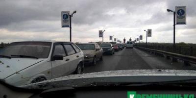 Завтра будет ограничено движение по Крюковскому мосту