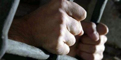 Внук убил родную бабушку и ее сожителя за телевизор, телефон и 102 гривни