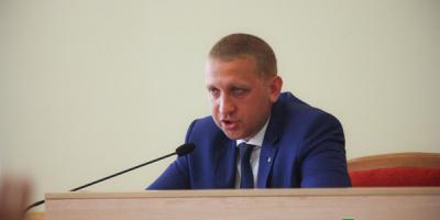 Меру Малецкому і його колегам Кабмін підвищив оклади в 3,5 рази
