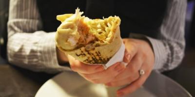 Арабской шаурме и итальянской пицце в Кременчуге, похоже, не повезло