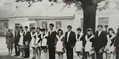 Випускні у Кременчуці: 77 років тому – і до сьогодні