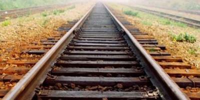 Неподалік залізничного вокзалу в Кременчуці на коліях знайшли мертву дівчину