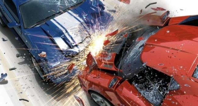 В центре Кременчуга столкнулись два автомобиля