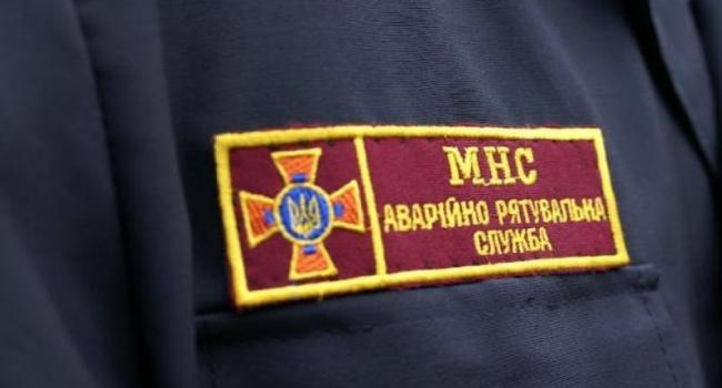 В Кременчуге спасатели тушили пожар и вскрывали квартирные двери