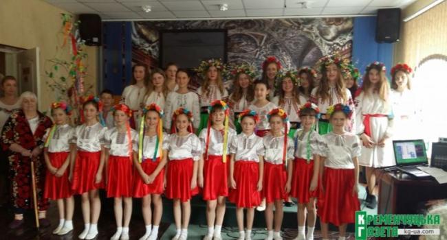 Кременчугские школьники «принесли весну» в госпиталь ветеранов войны