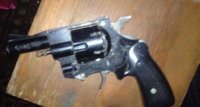 В Кременчугском районе наркоманы «взялись» за оружие