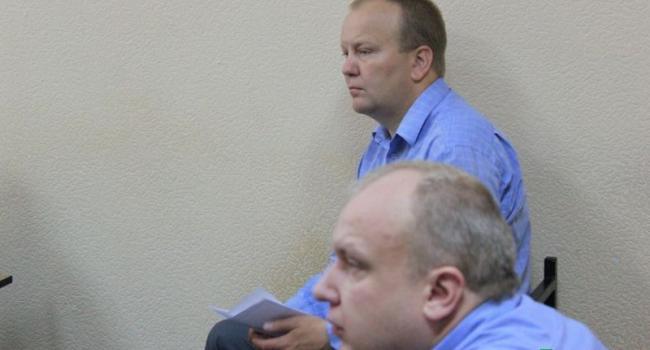 Иск «о должности Головача» оставлен без рассмотрения