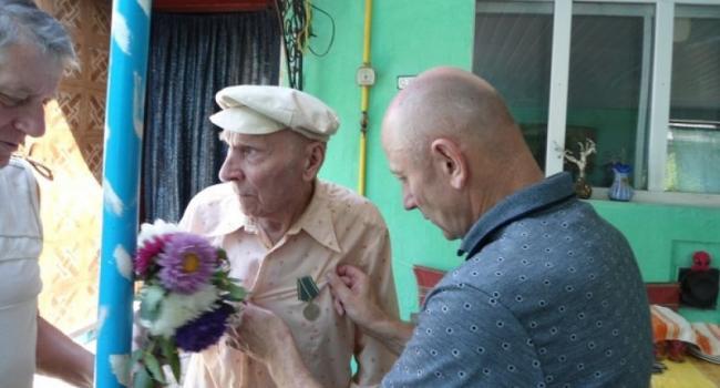 90-летний кременчужанин получил награду Президента