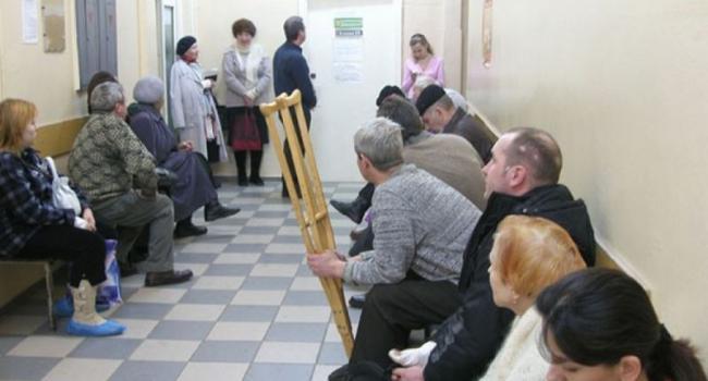 Малецкий обвинил управляющие компании в травматизме кременчужан
