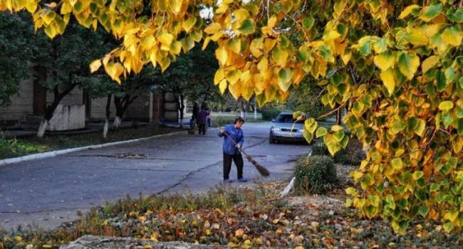 Дворники Кременчуга готовятся к бунту: требуют поднять зарплату