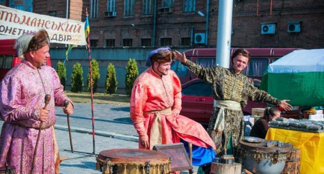 Кременчуг свой День рождения отмечает ярмаркой