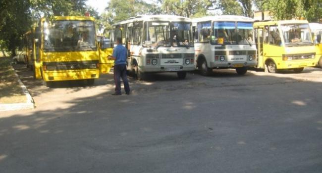 В Кременчугском районе школьные автобусы будут перевозить учеников из 28 сел