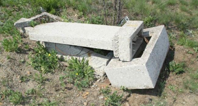 Милиция «на горячем» задержала расхитителя могил