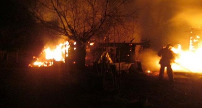 Под Кременчугом горел дом, а в городе сарай