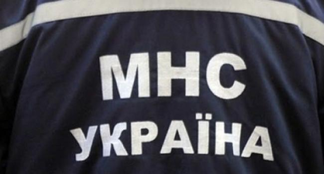 Кременчугские спасатели помогли доставить женщину в больницу