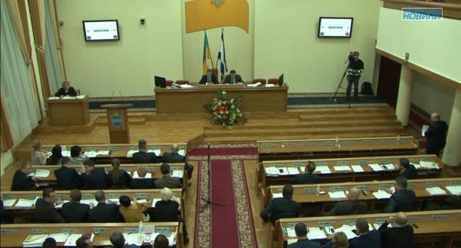 Депутаты Оппозиционного блока покинули сессионный зал