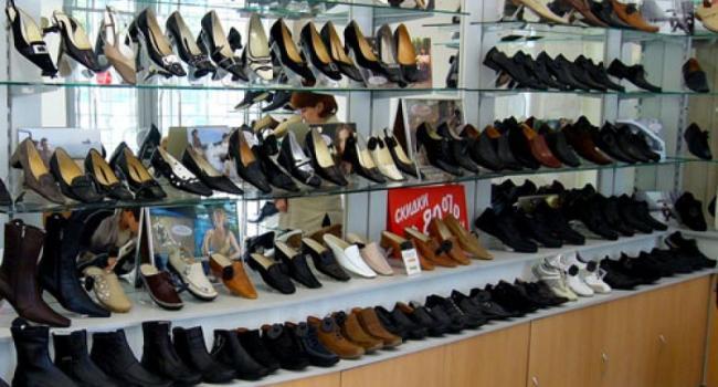 Вор «обул» обувной магазин на 900 грн.