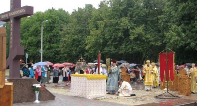 29 августа епископ Федор отслужит на площади Победы божественную литургию