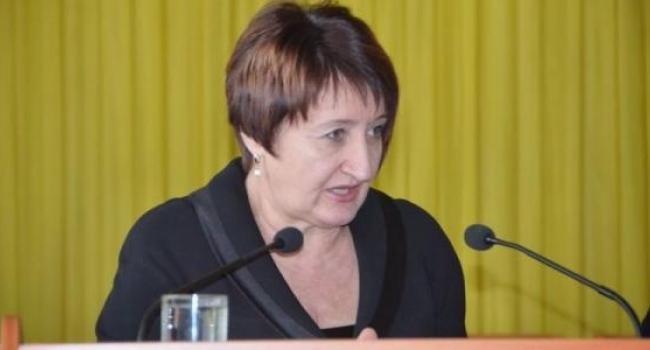 Руководитель областной службы занятости спокойно отнеслась к своему увольнению
